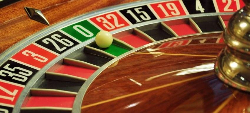 online gambling revenue statista