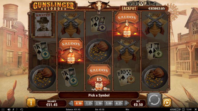 Gunslinger reloaded slot play'n GO free spins trigger