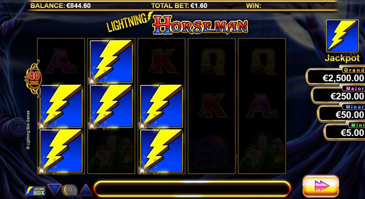 lightning-horseman-slot-bonus-trigger