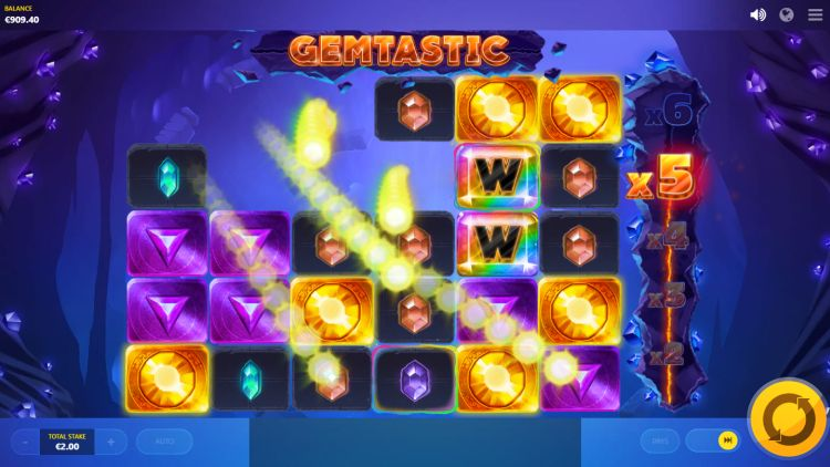 24 gemtastic-slot-red-tiger-win-wilds-feature